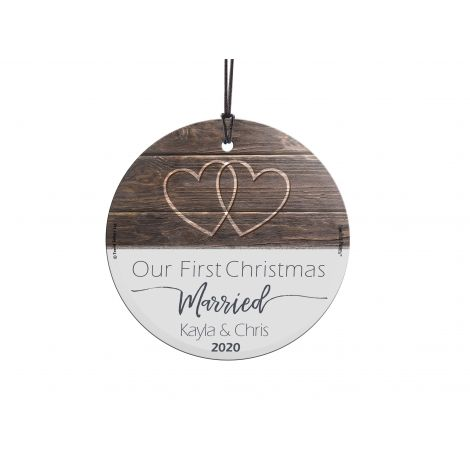 Remember your First Christmas Married with this StarFire Prints Hanging Glass decoration. Personalize this decoration with your name and first year together.